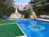 piscina-con-cascada-casa-rural